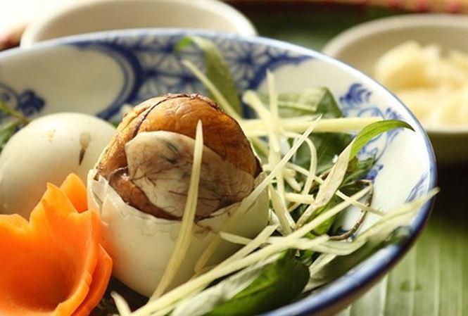 Trứng vịt lộn co no duoc khong